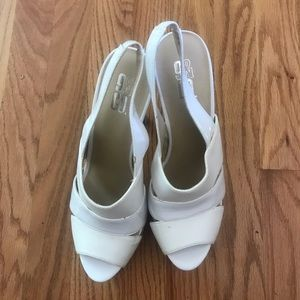 9 & Co White Sandals, Size 9